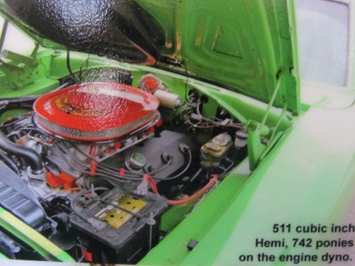 511 cubic inch Hemi Engine pic of Chris' 1970 Roadrunner